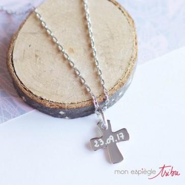 Collier personnalisé en argent - Pendentif croix gravable