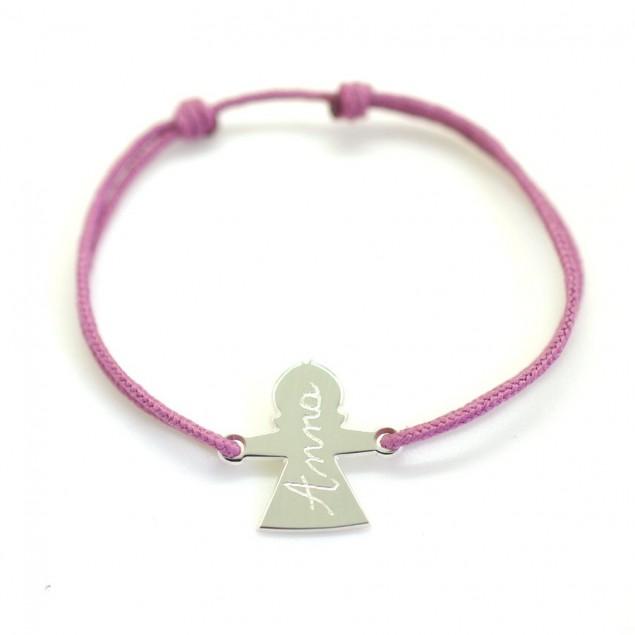 Bracelet cordon personnalisé - Petite fille avec un prénom gravé à la main