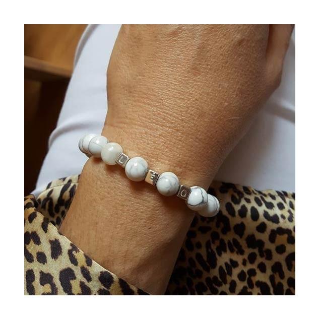 Bracelet personnalisé en perles Howlite blanche