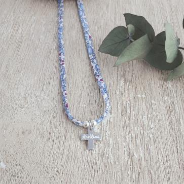 Collier Liberty croix gravée - Argent