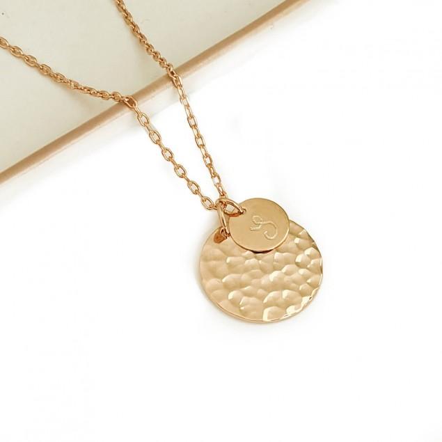 Collier personnalisé en plaqué or - Médaille ronde martelée et mini rond lisse