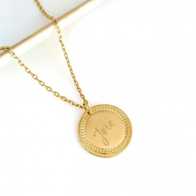 Collier personnalisé en plaqué or  - Médaille ethnique gravée