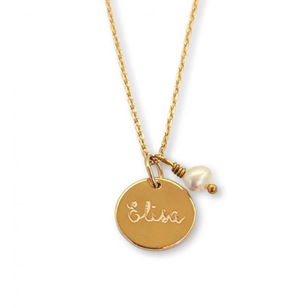 Collier petite médaille personnalisée  & perle d'eau douce - Plaqué or