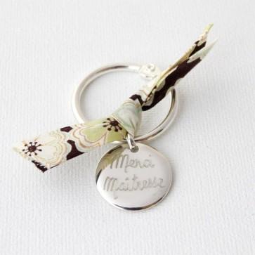 Porte clés personnalisé - Médaille bombée ronde en argent en noeud Liberty